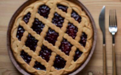 Holiday pie contest